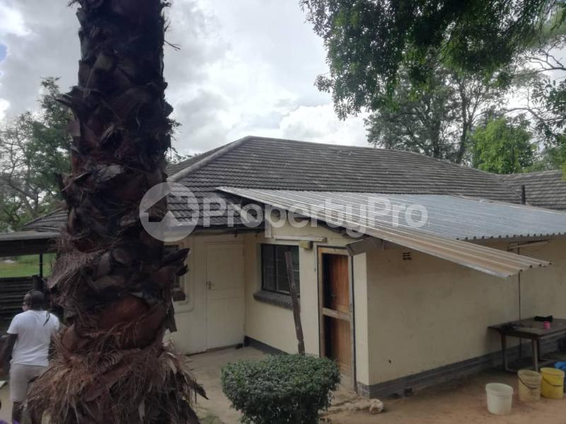 5 bedroom Houses for sale Rhodene Masvingo Masvingo Masvingo - 0