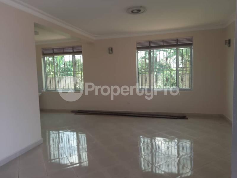 5 bedroom Bungalow Apartment for rent Njeru Jinja Jinja Eastern - 8