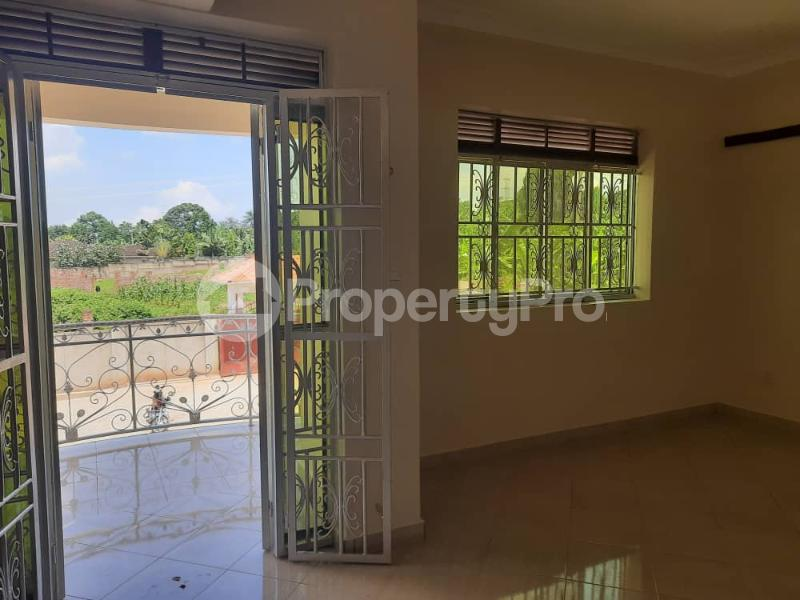 5 bedroom Bungalow Apartment for rent Njeru Jinja Jinja Eastern - 2
