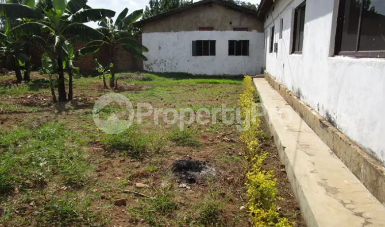 5 bedroom Apartment for sale Iganga Eastern - 2