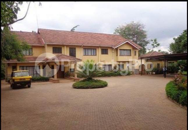 6 bedroom Houses for sale Lavington Green Lavingtone Nairobi - 5