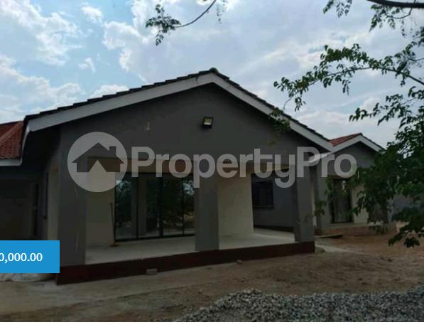 8 bedroom Houses for sale Rhodene Masvingo Masvingo - 1