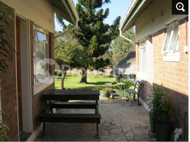 4 bedroom Commercial Property for sale - Hillside Bulawayo South Bulawayo - 10