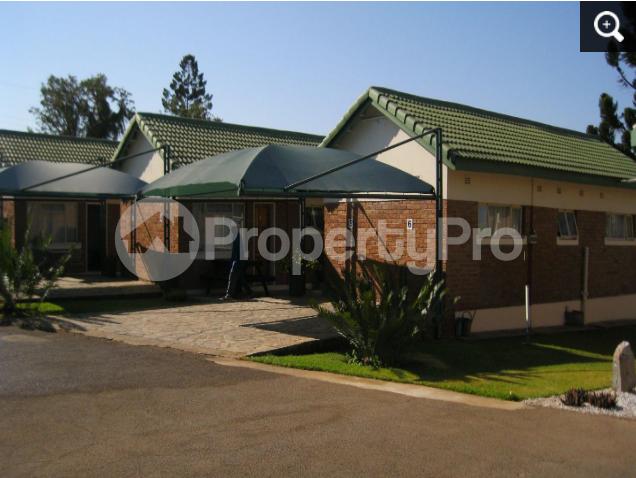 4 bedroom Commercial Property for sale - Hillside Bulawayo South Bulawayo - 6