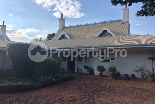 3 bedroom Townhouses Garden Flat for sale - Borrowdale Harare North Harare - 0