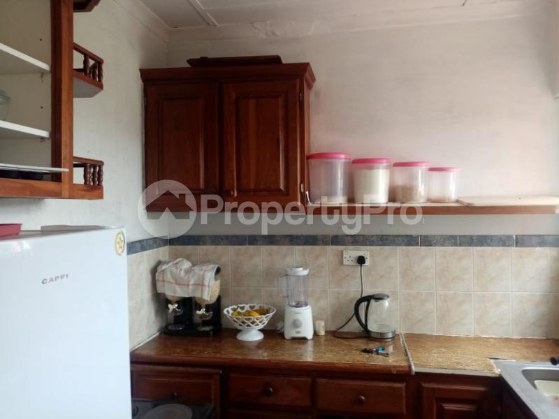 2 bedroom Flats & Apartments for sale chnamano avenues area Harare City Centre Harare CBD Harare - 11
