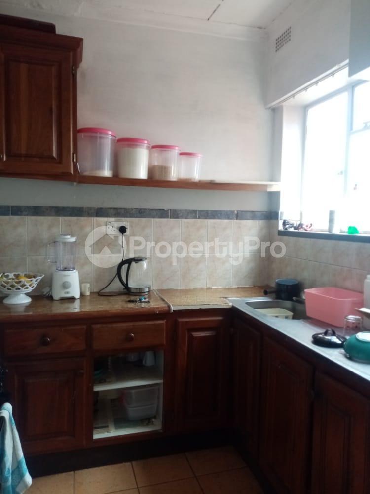 2 bedroom Flats & Apartments for sale chnamano avenues area Harare City Centre Harare CBD Harare - 10