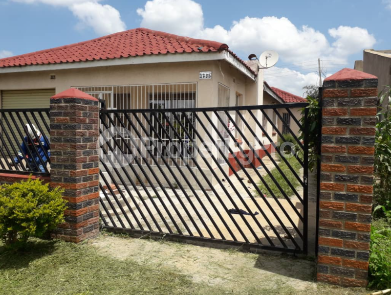 3 bedroom Houses for sale Rydale Ridge Zvimba Mashonaland West - 0