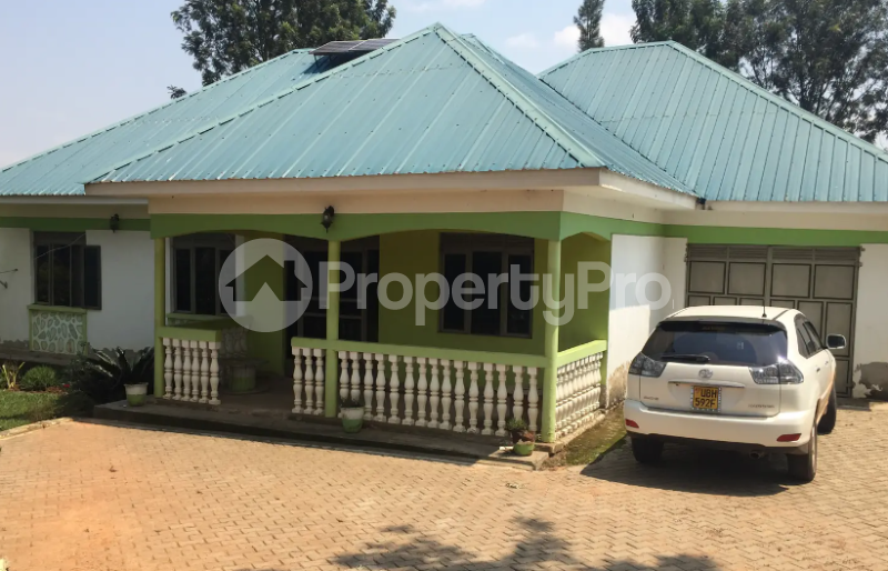4 bedroom Apartment for sale Mbarara Western - 0
