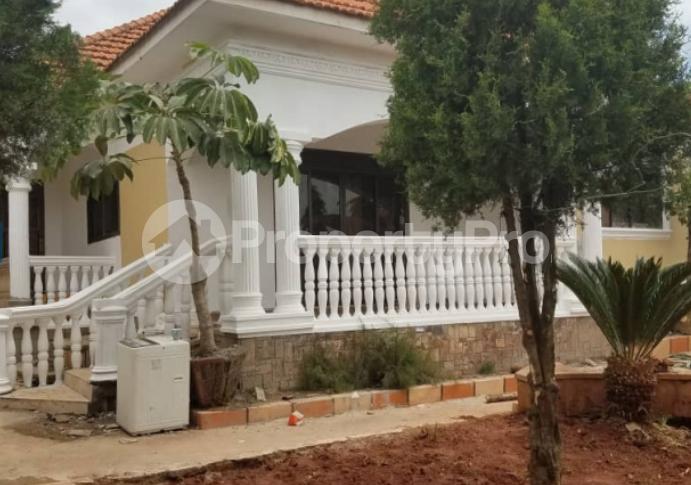 3 bedroom Apartment for sale akright estate Kalungu Central - 2