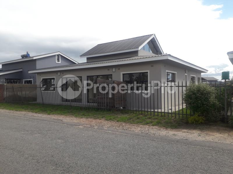 4 bedroom Flats & Apartments for sale Arlington Harare South Harare - 0