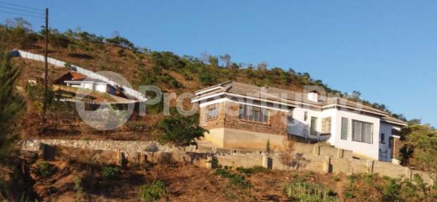 Houses for sale Darlington Vumba Manicaland - 1