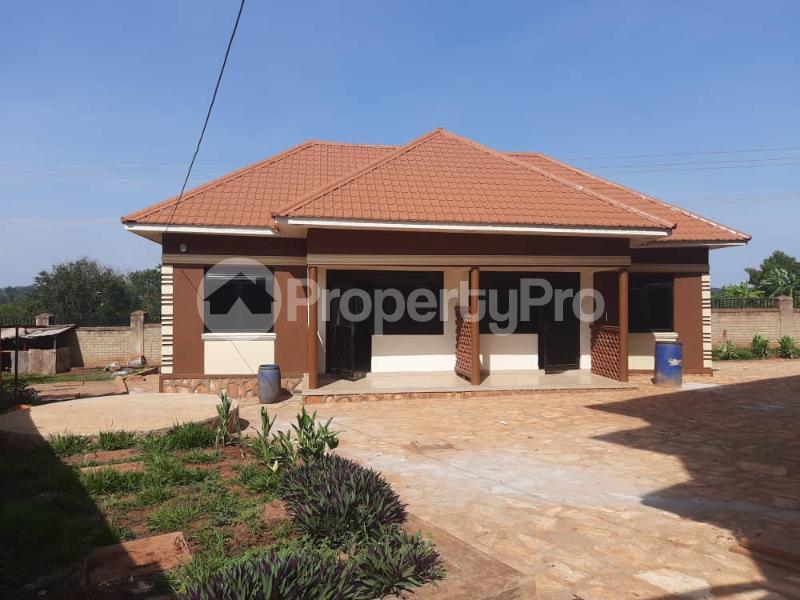 2 bedroom Apartment Block Apartment for rent Njeru Jinja Jinja Eastern - 4