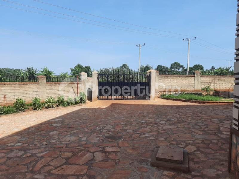 2 bedroom Apartment Block Apartment for rent Njeru Jinja Jinja Eastern - 3