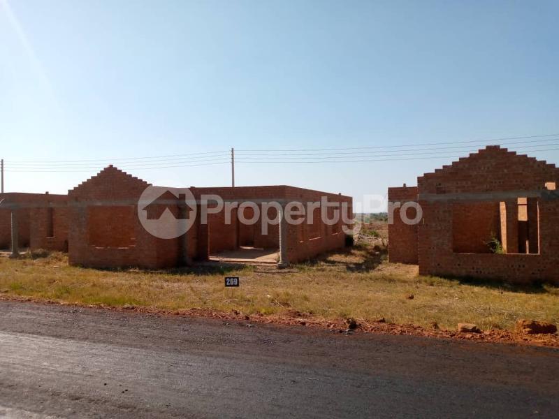 Stands & Residential land Land for sale Chinhoyi road Zvimba Mashonaland West - 11