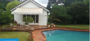 1 bedroom mini flat  Flats & Apartments for sale - Chisipite Harare North Harare