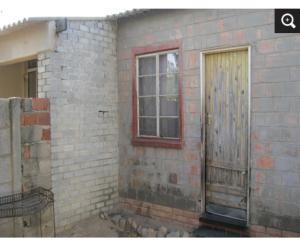 1 bedroom mini flat  Houses for sale - Entumbane Bulawayo North Bulawayo