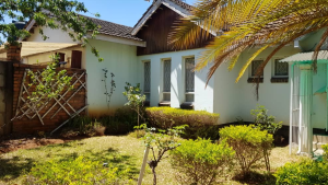 1 bedroom mini flat  Houses for sale Rozlee Gardens Avondale Harare North Harare