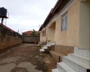 2 bedroom Bungalow Apartment for rent Salaama road Kampala Central