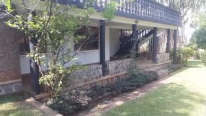 2 bedroom Bungalow Apartment for rent Walukuba-Masese Rd, Jinja, Uganda Jinja Eastern