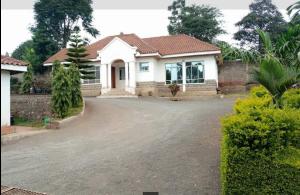 2 bedroom Houses for sale - Kitisuru Nairobi