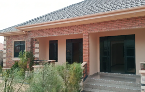 2 bedroom Apartment for rent Masaka Central
