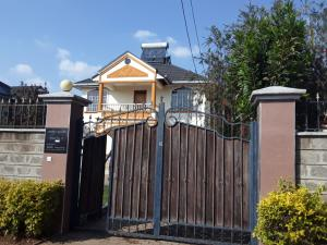 3 bedroom Townhouses Houses for rent Parliament Road Syokimau Athi RIver Machakos
