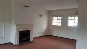 3 bedroom Flats & Apartments for sale Herbert Chitepo, Harare West Harare