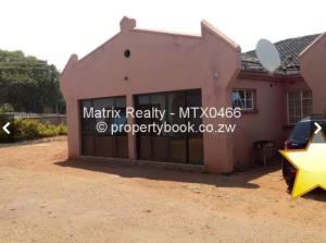 3 bedroom Flats & Apartments for sale - Bluff Hill Harare West Harare