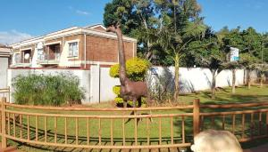 3 bedroom Flats & Apartments for sale Rossal avenue Greendale Harare East Harare