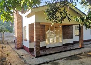 3 bedroom Houses for sale Seke Unit B Chitungwiza Chitungwiza Mashonaland East