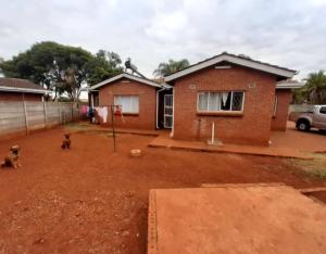 3 bedroom Houses for sale Area D Westgate Harare West Harare