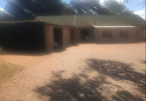 3 bedroom Houses for sale - Vainona Harare North Harare