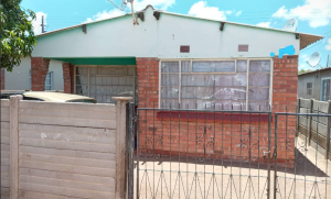 3 bedroom Houses for sale Emakhandeni Bulawayo High-Density Bulawayo
