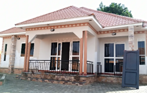 3 bedroom Apartment for sale Mukono Central