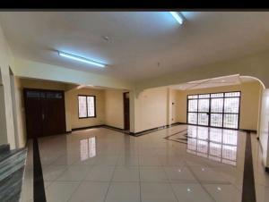 4 bedroom Flat&Apartment for sale Kizingo  Nyali Mombasa