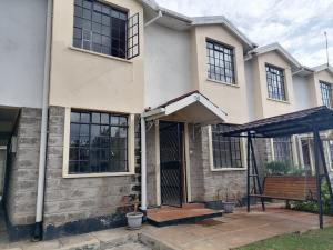 4 bedroom Rooms Flat&Apartment for sale Kings drive Syokimau Athi RIver Machakos