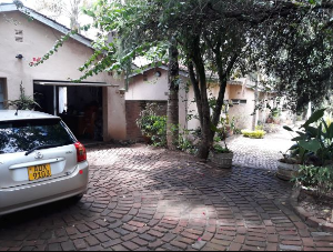 4 bedroom Houses for sale - Glen Lorne Harare North Harare