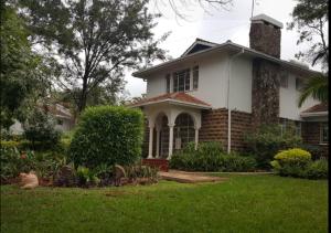 4 bedroom Houses for rent - Runda Nairobi