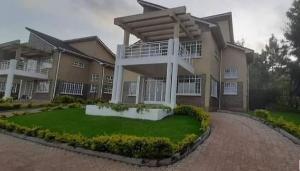 4 bedroom Houses for rent Kerarapon Drive Karen Nairobi