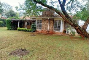 4 bedroom Houses for rent Ruaka Rd Runda Nairobi