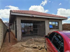4 bedroom Flats & Apartments for sale Graceland Harare CBD Harare