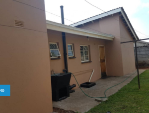 4 bedroom Flats & Apartments for sale - Cranborne Harare South Harare