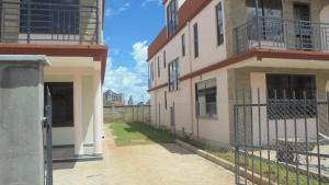 4 bedroom Townhouses Houses for sale Wananchi road Syokimau Athi RIver Machakos