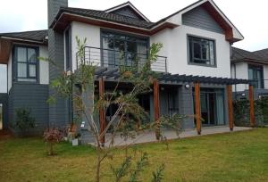 4 bedroom Townhouses Houses for sale - Kiambu Road Kiambu Road Nairobi