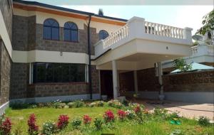 4 bedroom Townhouses Houses for rent Isaac Gathanju Rd Maziwa, Lavington Dagoretti North Nairobi