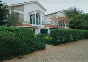 4 bedroom Townhouses Houses for rent .  Lavington Dagoretti North Nairobi