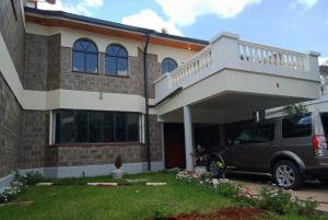 4 bedroom Townhouses Houses for rent Lavington Shopping Centre/ Shell Maziwa, Lavington Dagoretti North Nairobi