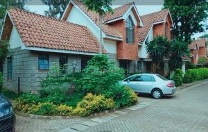 4 bedroom Townhouses Houses for sale Convent Rd  Lavington Dagoretti North Nairobi