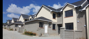 4 bedroom Townhouses Houses for rent - Mikindani Mombasa